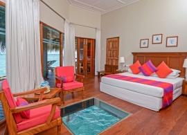 Adaaran Club Rannalhi - pokoj ve vodním bungalovu