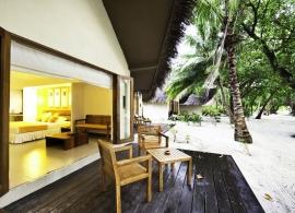 Adaaran Select Hudhuran Fushi - plážové vily