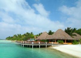 Adaaran Select Hudhuran Fushi - pláž