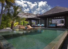 Rodinná plážová vila s bazénem - Anantara Kihavah