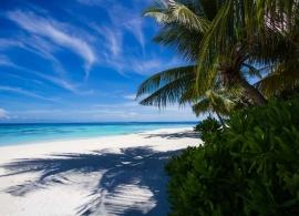 Angsana Ihuru - pláž