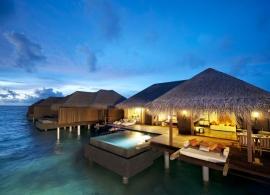 Ayada Maldives - vodní vila Sunset Ocean