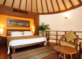Bandos Island resort - plážová vila s jacuzzi
