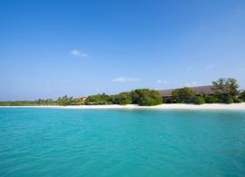 The Barefoot Eco hotel Maledivy - pláž