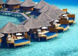 Baros Maldives - vodní vily s bazénem
