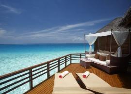 Baros Maldives - vodní vila