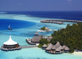 Baros Maldives - restaurace Lighthouse