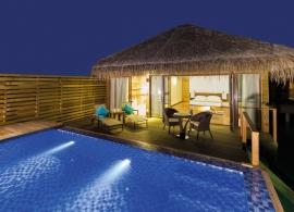 Cocoon Maledives - vodní suita s bazénem
