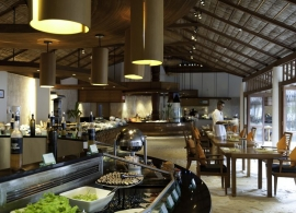 Restaurace Atoll - Conrad Rangali Maledivy