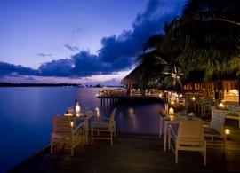 Restaurace Vilu - Conrad Rangali Maledivy