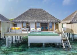 Dusit Thani Maledivy - vodní vilya Ocean s bazénem