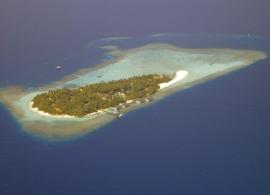 Embudu Village Maledivy - letecký pohled