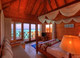 Fihalhohi island resort - vodní bungalov