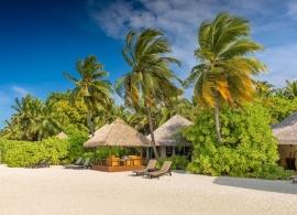 Kihaa Maldives - plážová vila Lagoone prestige s altánkem