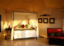 Komandoo Maldives - vodní vila