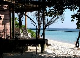 Komandoo Maldives - plážová vila