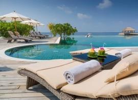 Kudafushi Maledivy - bazén