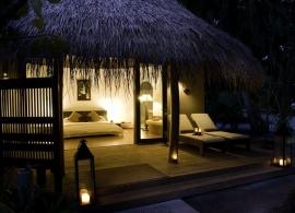 Kuramathi Island Resort - superior plážová vila s jacuzzi