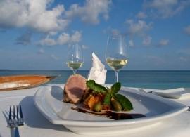 Kuredu Island resort - jídlo v Kuredu