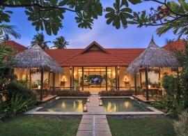 Kurumba Maldives - královská rezidence