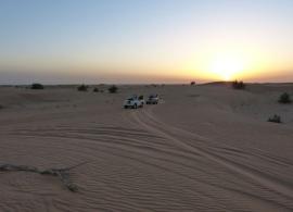Západ slunce - poušť Dubaj