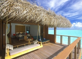 Medhufushi Island resort - vodní vila