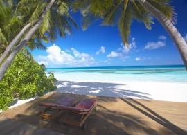 Medhufushi Island resort - pláž