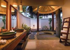 Oblu Select at Sangeli - koupelna plážové vily