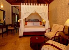 Olhuveli Beach resort - deluxe pokoj