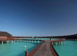 Olhuveli Beach resort - vodní vily