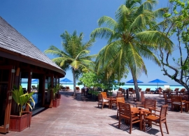 Olhuveli Beach resort - Dhoni bar