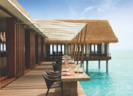 One and Only Reethi Rah - restaurace Tapasake