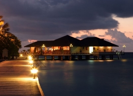 Paradise island resort - restaurace