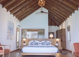 Reethi Faru resort - deluxe vila s jacuzzi