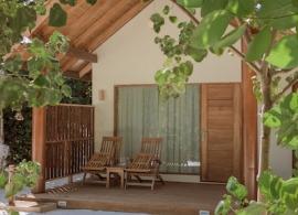 Reethi Faru resort - zahradní vila