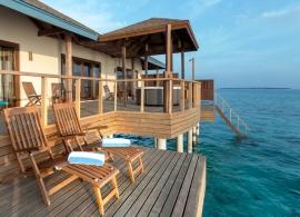 Reethi Faru resort - dvoupokojová vodní vila s jacuzzi