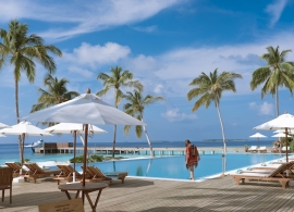 Reethi Faru resort - bazén