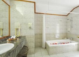 Sun Island resort - bungalov superior