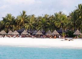 Sun Island resort - pláž