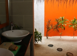 Vakarufalhi Maldives - plážová vila, koupelna