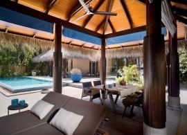 Velaa Private Island - deluxe plážová vila s bazénem