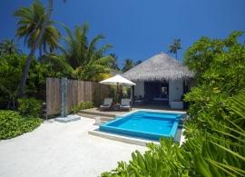 Plážová vila s bazénem - Velassaru