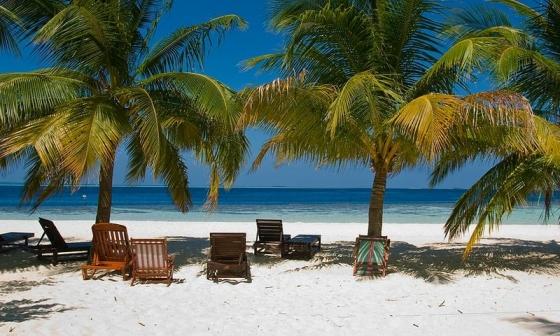 Embudu Village - zájezdy Maledivy