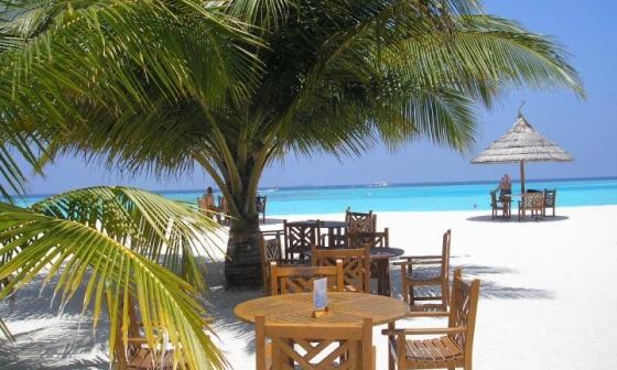 Zájezdy Maledivy - Paradise Island resort