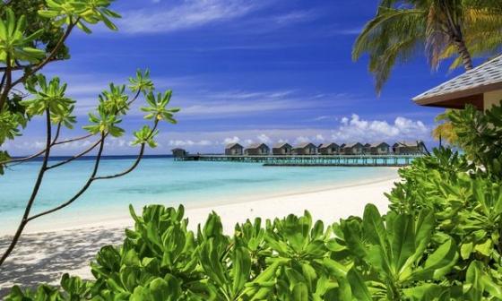 Centara Ras Fushi - zájezd Maledivy