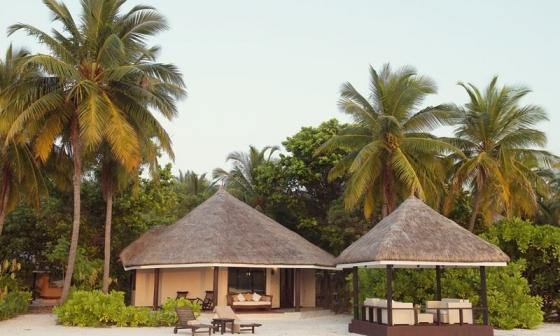 Zájezd Kihaa Maldives - zájezdy Maledivy