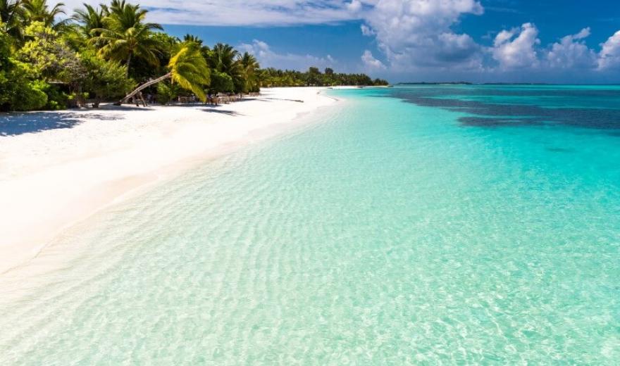 Pláže souostroví Maledivy