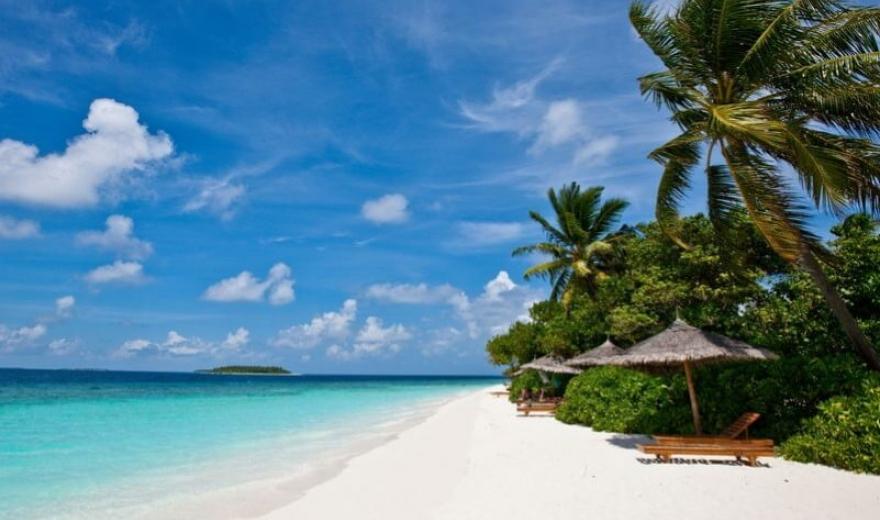 Maledivy plaze