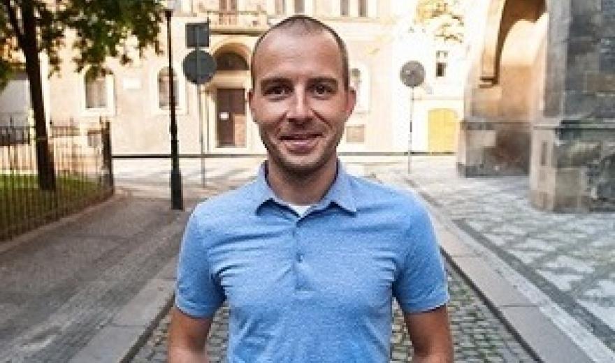 Petr Musílek - Go2 Australia